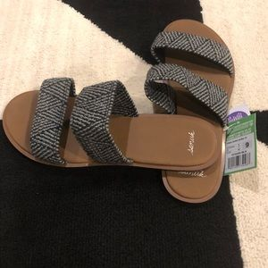 Sanuk Yoga Gora Gora TX Tribal Sandals size 9